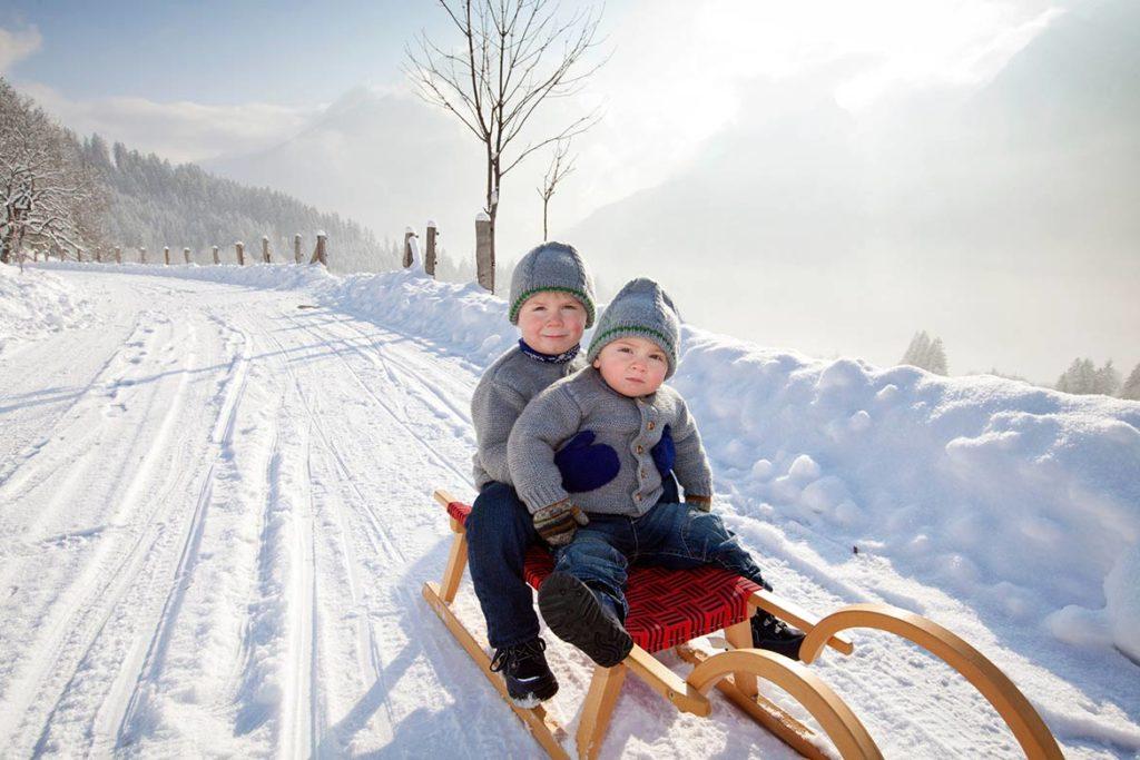 Schlittenfahrt-Kinder-Berchtesgaden